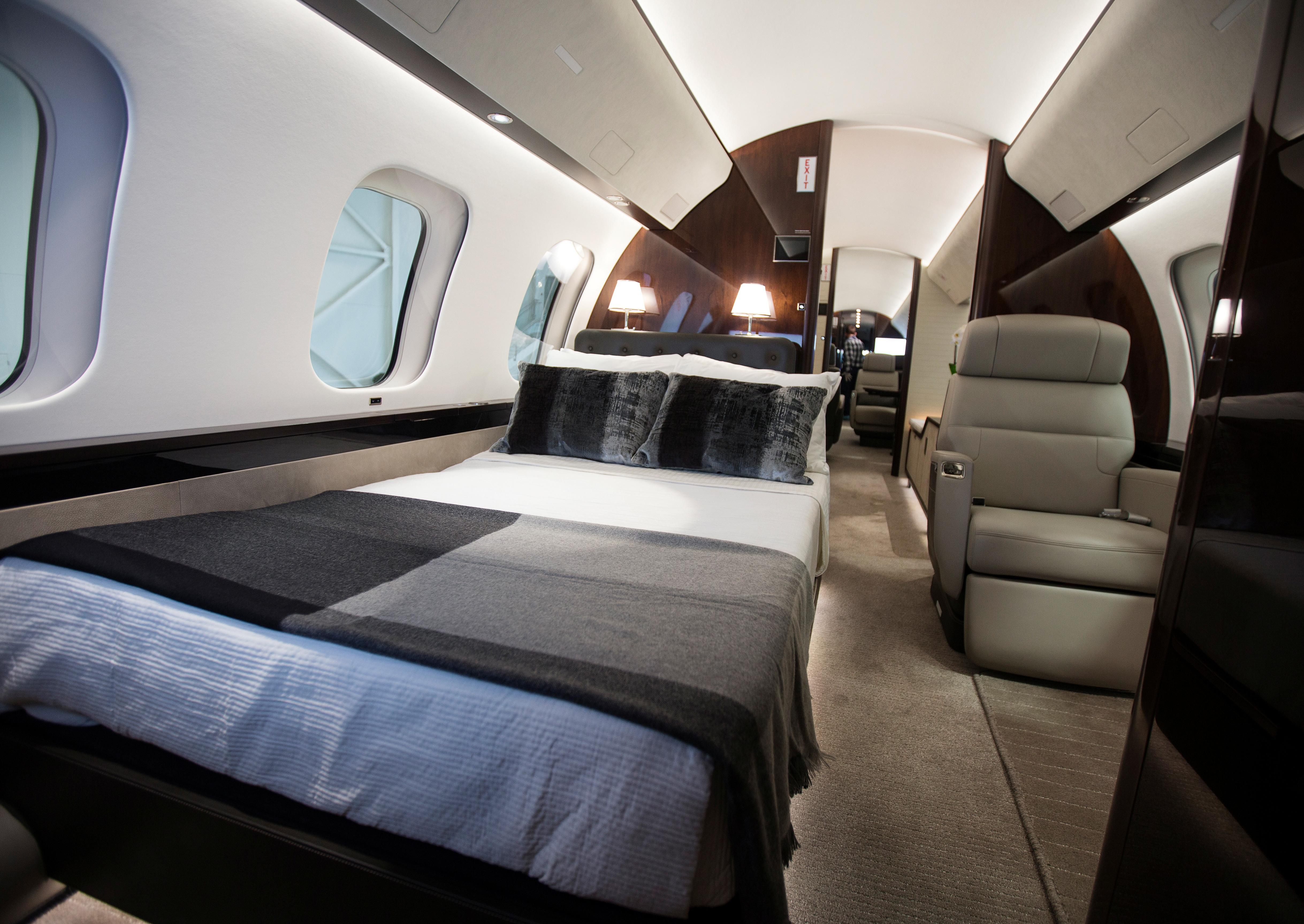 Long-haul, fuel efficient jets underpin demand at Las Vegas air show