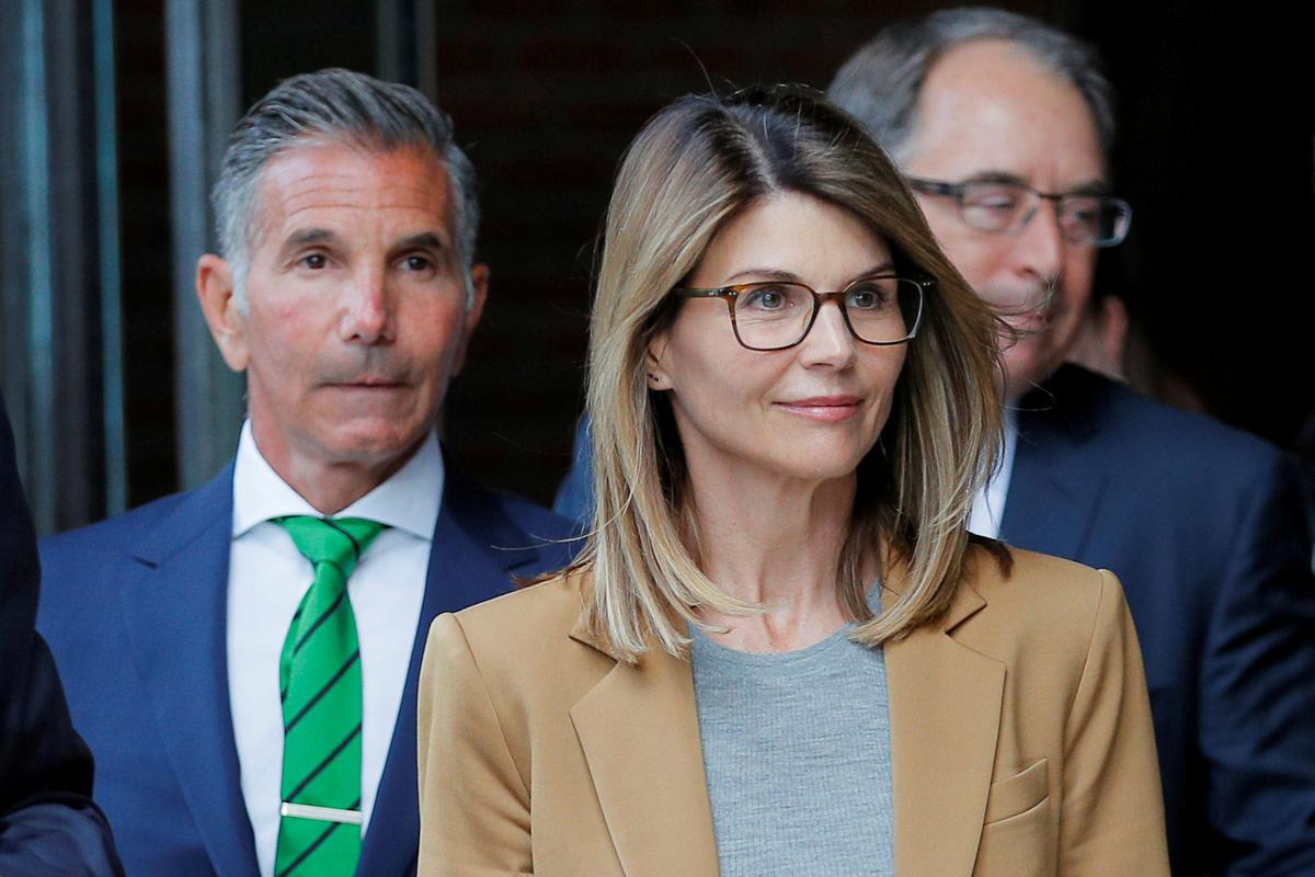 Lori Loughlin Begins Two Month Sentence at California Prison