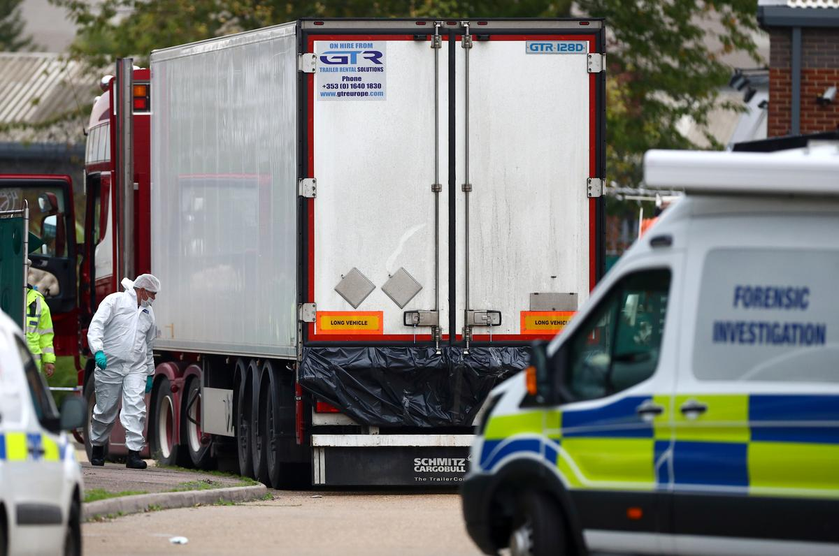 Truck found in UK with 39 bodies has Bulgarian registration