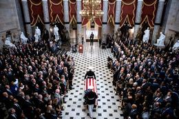 Elijah Cummings lies in state at U.S. Capitol
