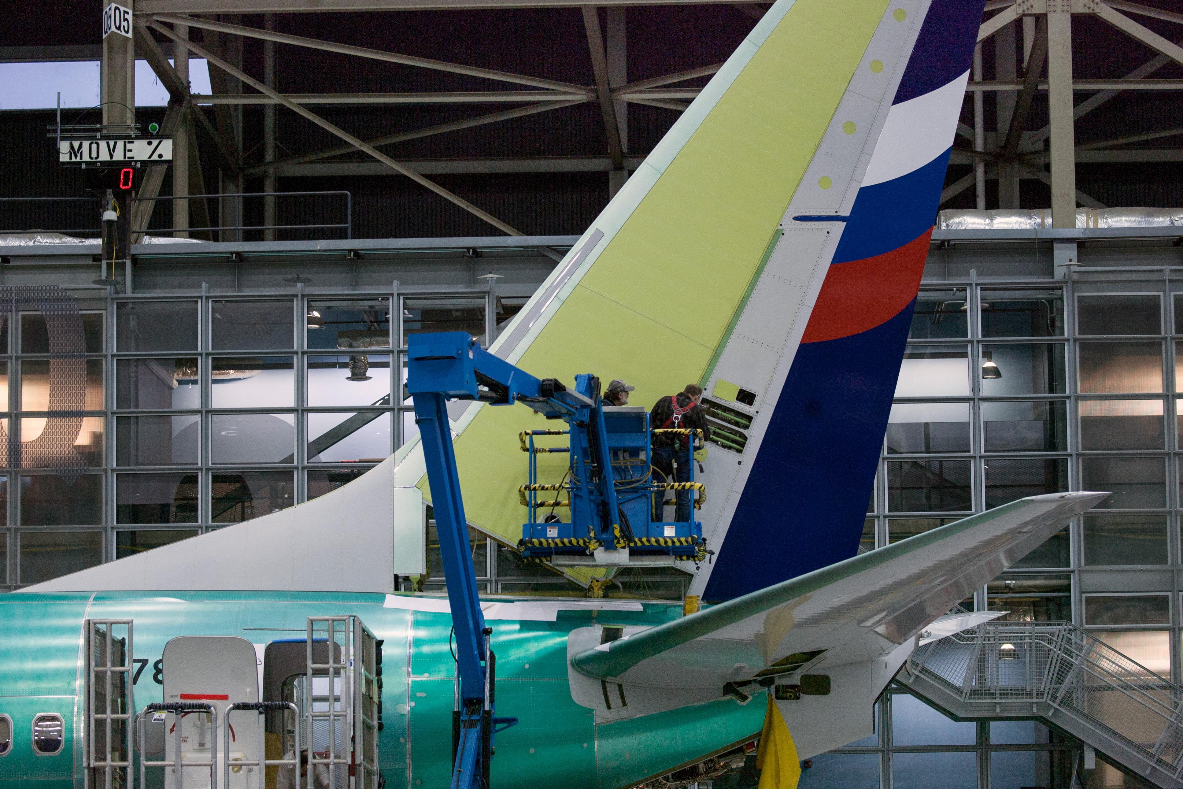 Qantas, Southwest step up checks of Boeing 737 NGs after more...