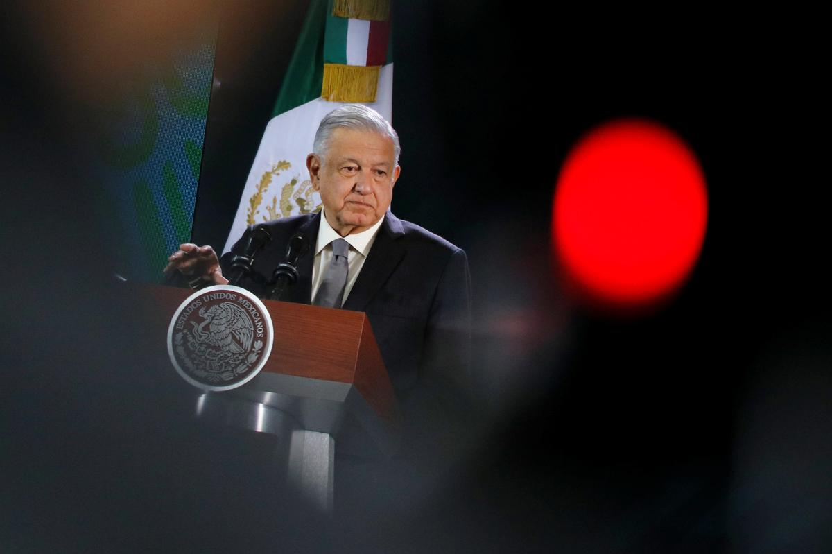 Mexico will not take sides in El Salvador-Venezuela dispute-president