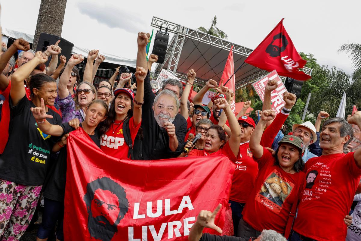 Bộ trưởng Brazil nói rằng phán quyết rằng Lula có thể tự do phải được tôn trọng