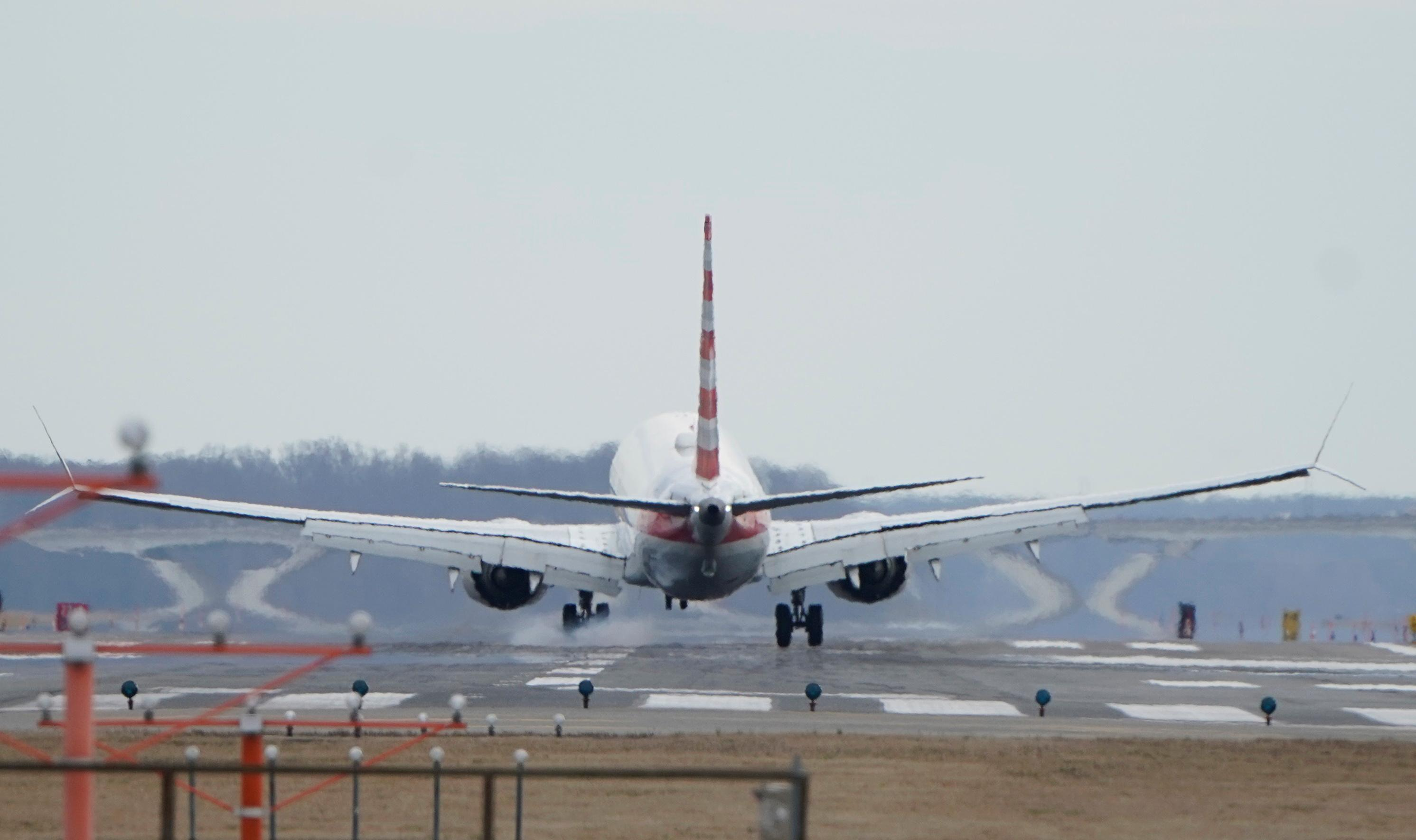 American Airlines follows Southwest in pulling 737 MAX until early...
