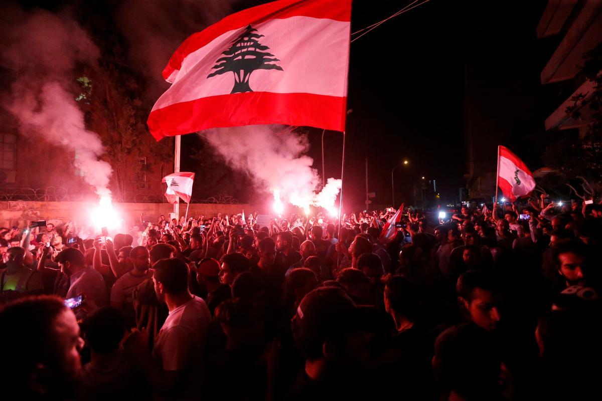 Mufti lớn của Lebanon kêu gọi đáp ứng yêu cầu của người biểu tình