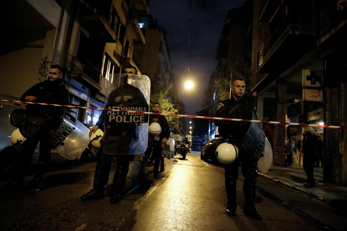 Cảnh sát tìm thấy súng trường liên quan đến vụ tấn công Athens 2014-17