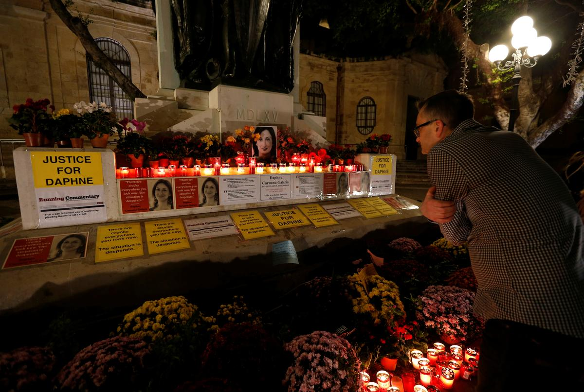 Malta arrests suspected middleman in journalist's murder-source