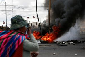 Morales supporters clash with police in Bolivia