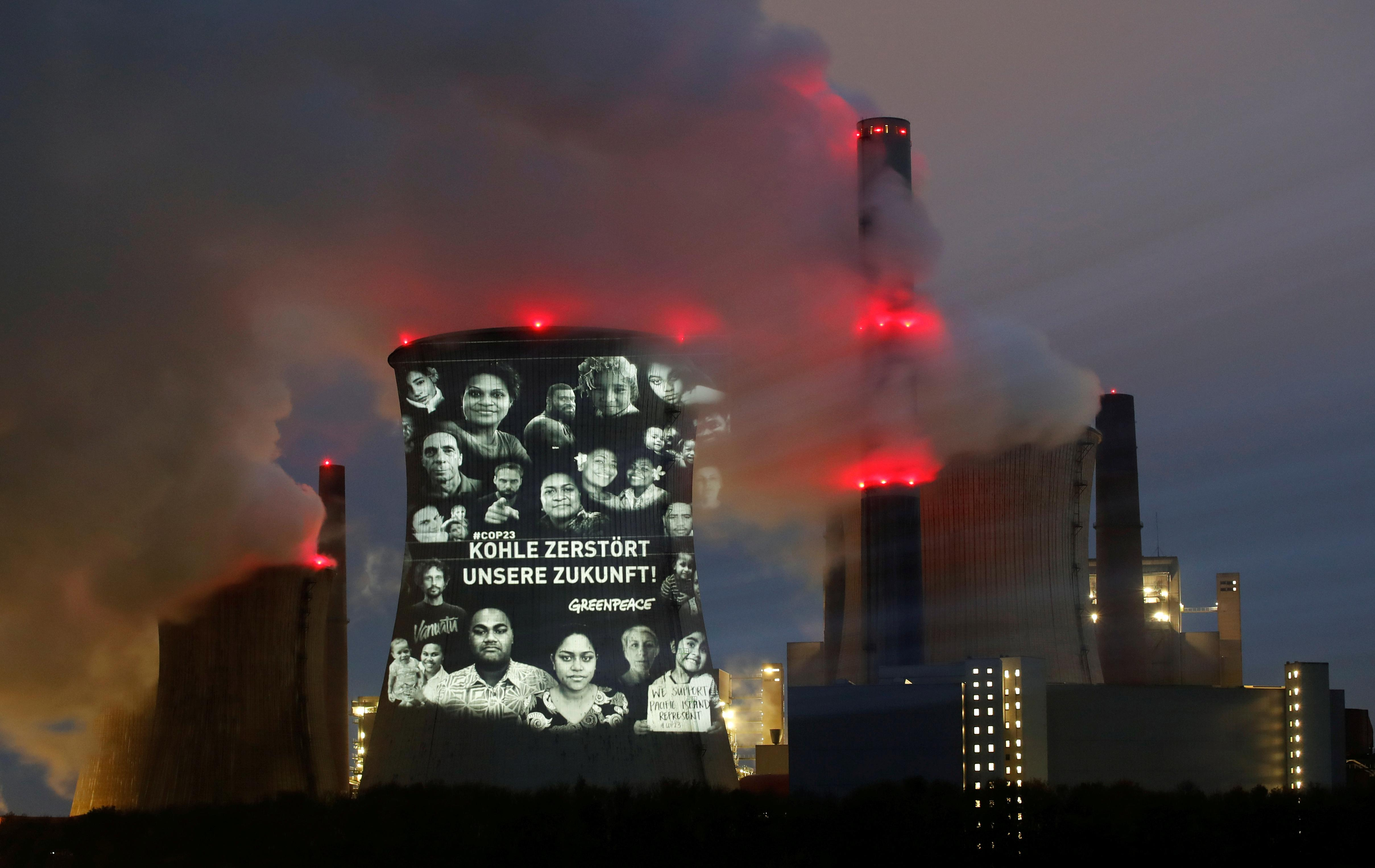 Fossil fuel polluters from U.S. to China far off climate targets: UN