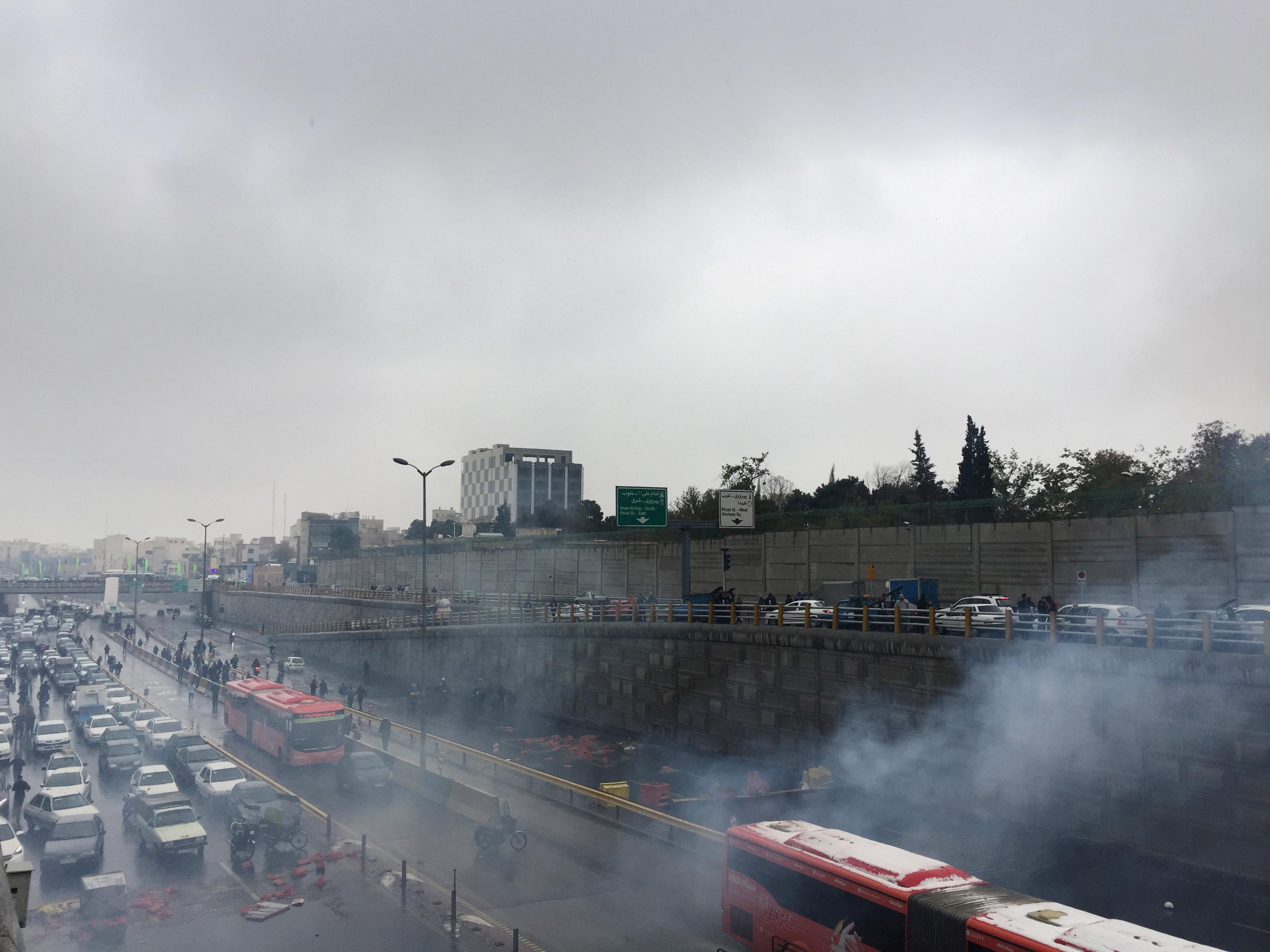 Iran begins reconnecting internet after shutdown over protests