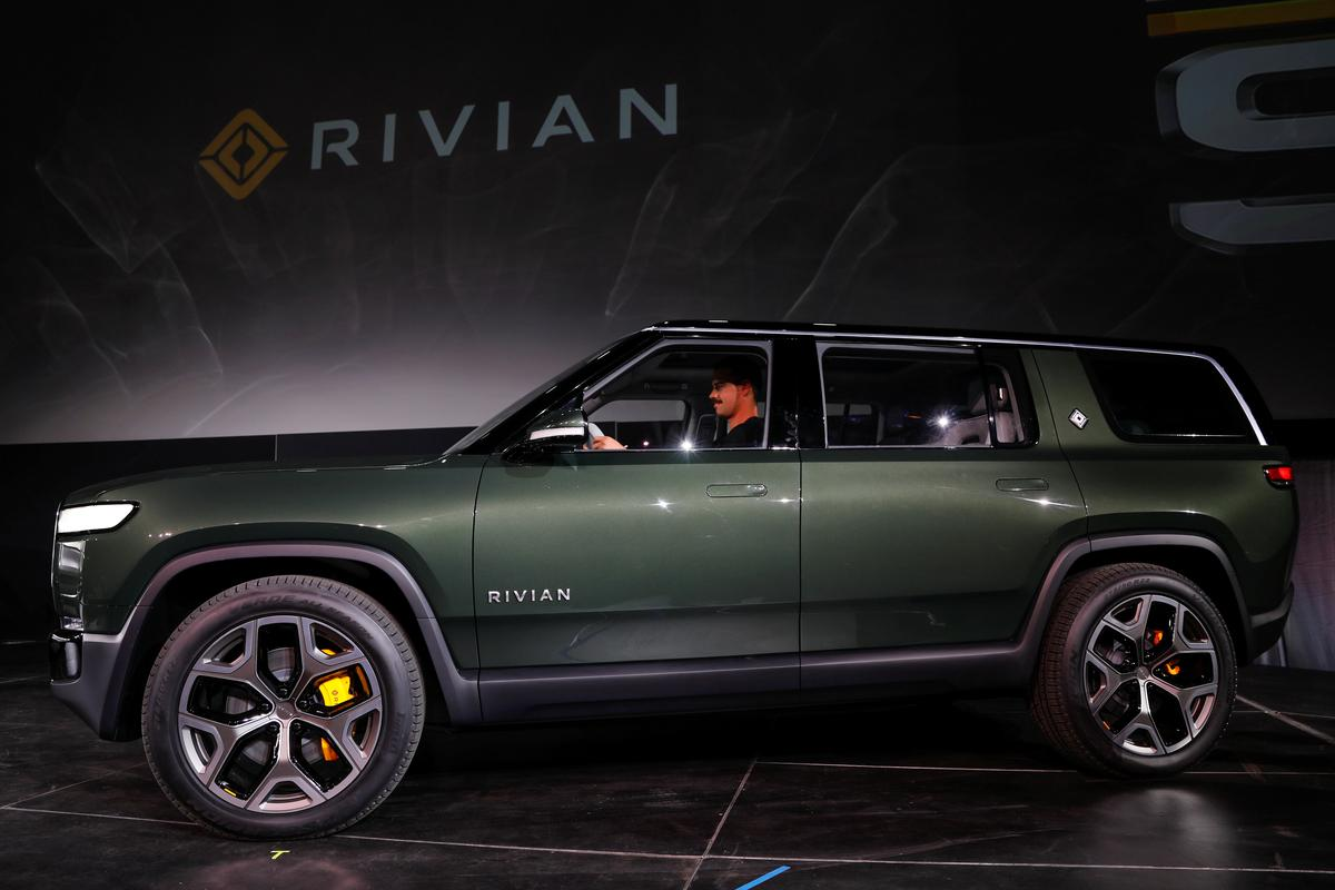 Lincoln electric SUV to use Ford-backed startup's 'skateboard'...