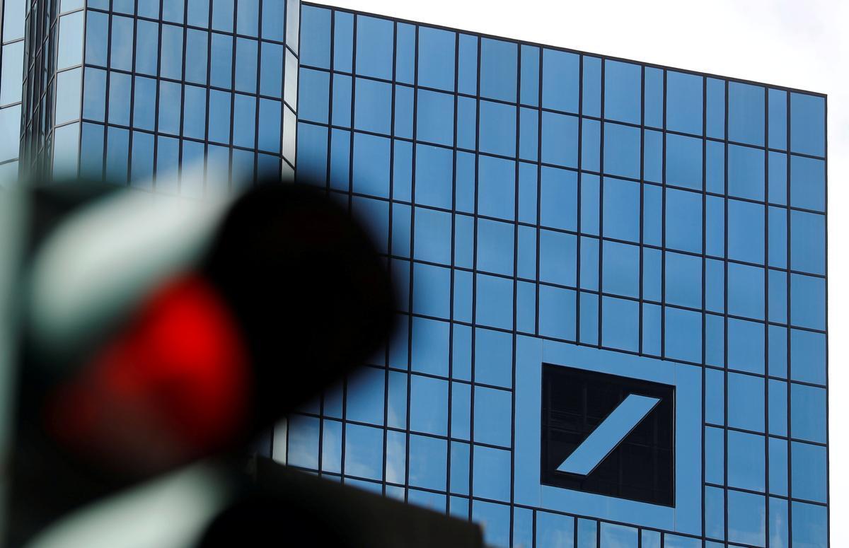 Exclusive: U.S. digs deeper into Deutsche role in Danske money laundering scandal - sources