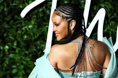 Stars arrive for British Fashion Awards