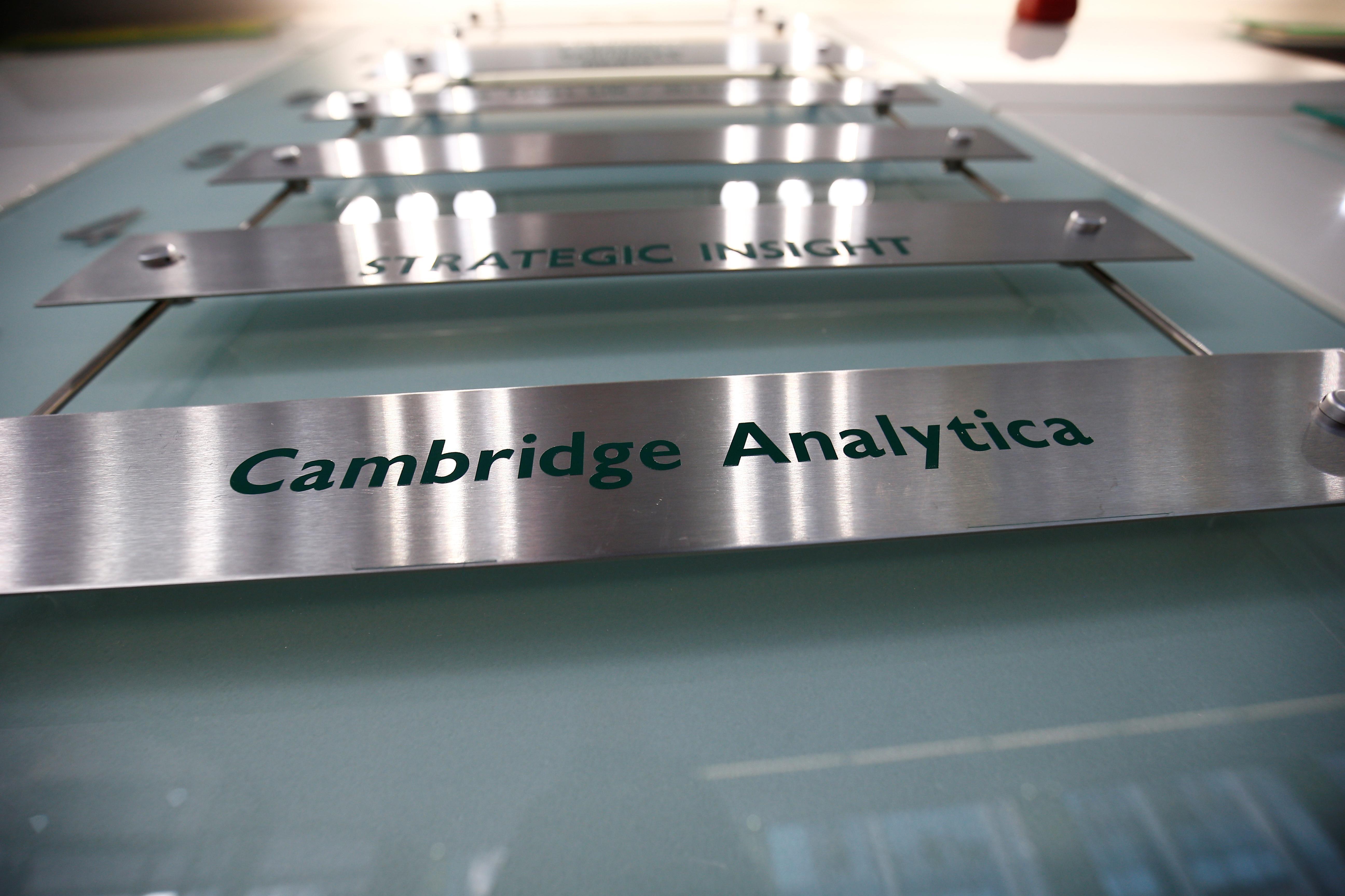 U.S. FTC finds Cambridge Analytica deceived Facebook users