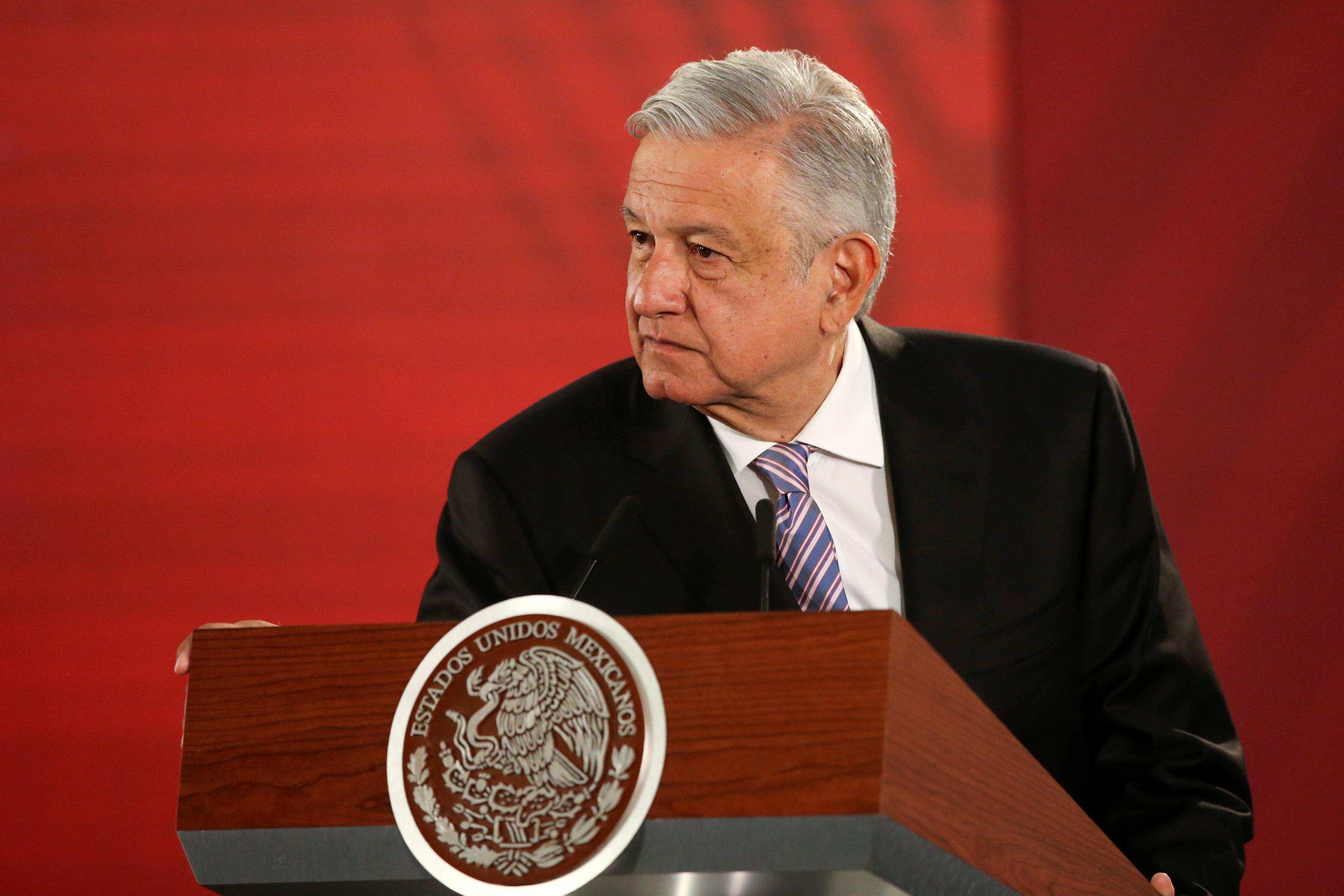 Mexico asks Pelosi to act on trade deal, business groups wary