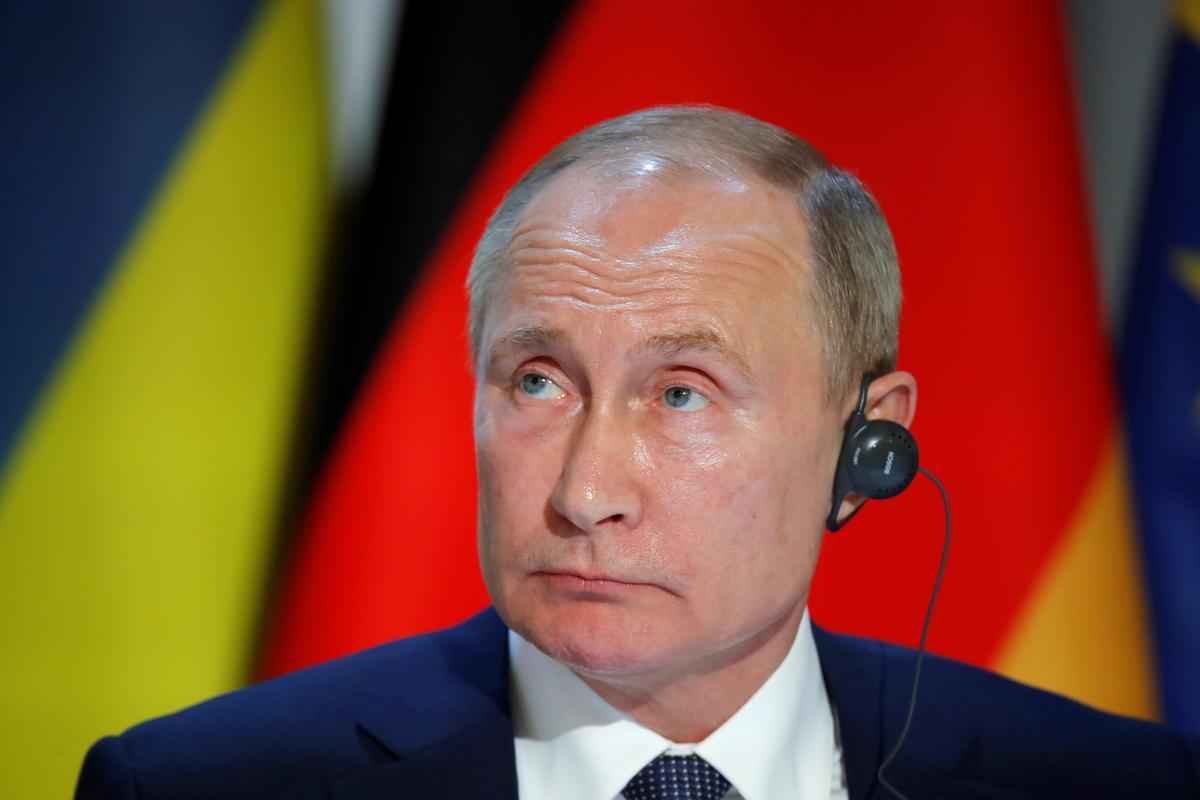 Russia's Putin says he wants changes to Ukraine constitution