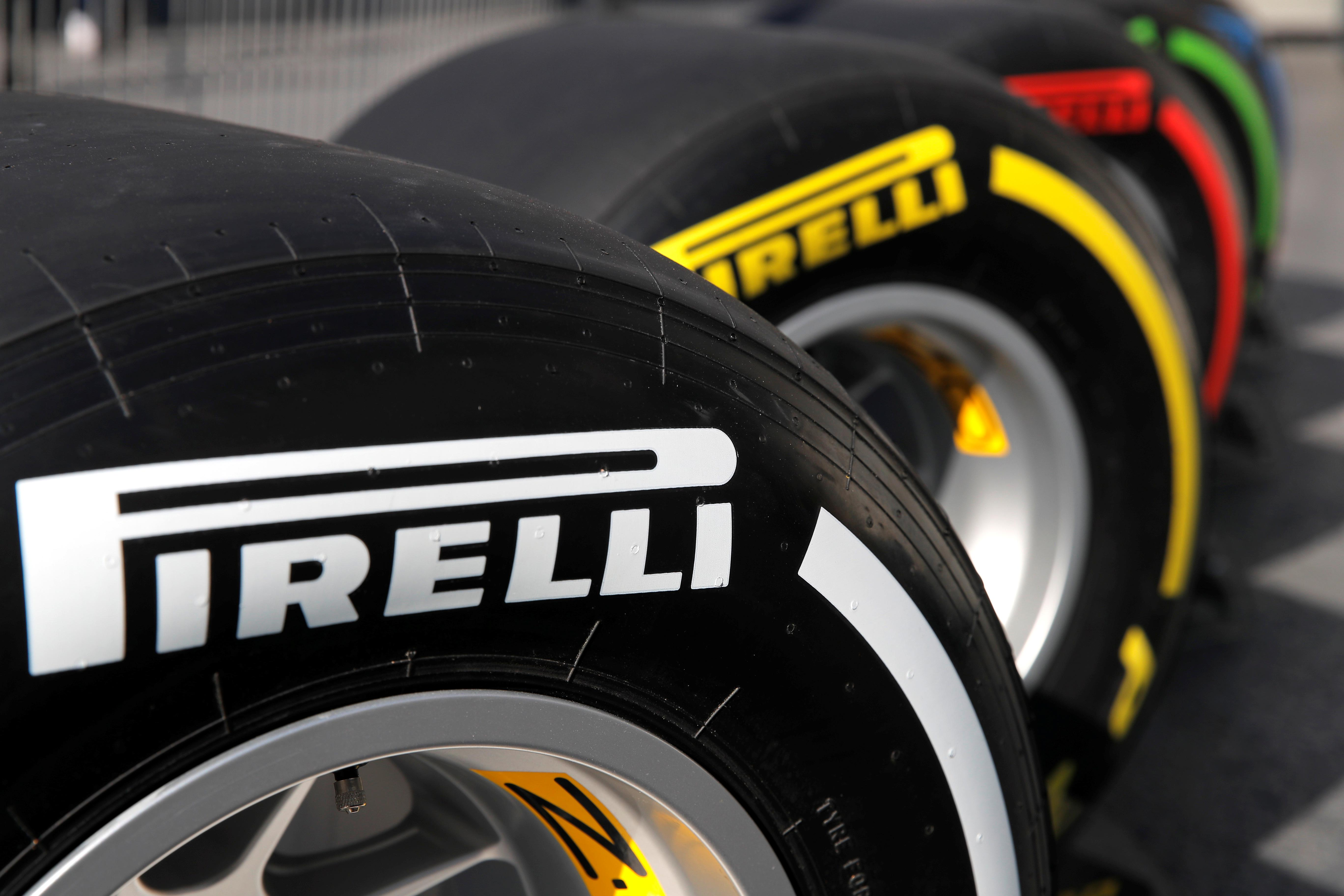 F1 teams vote to stick with existing Pirelli tyres for 2020
