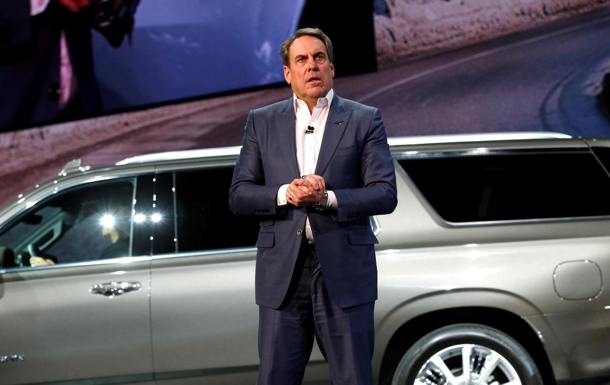 GM, doubling down on big SUVs, unveils longer Chevy Tahoe, Suburban