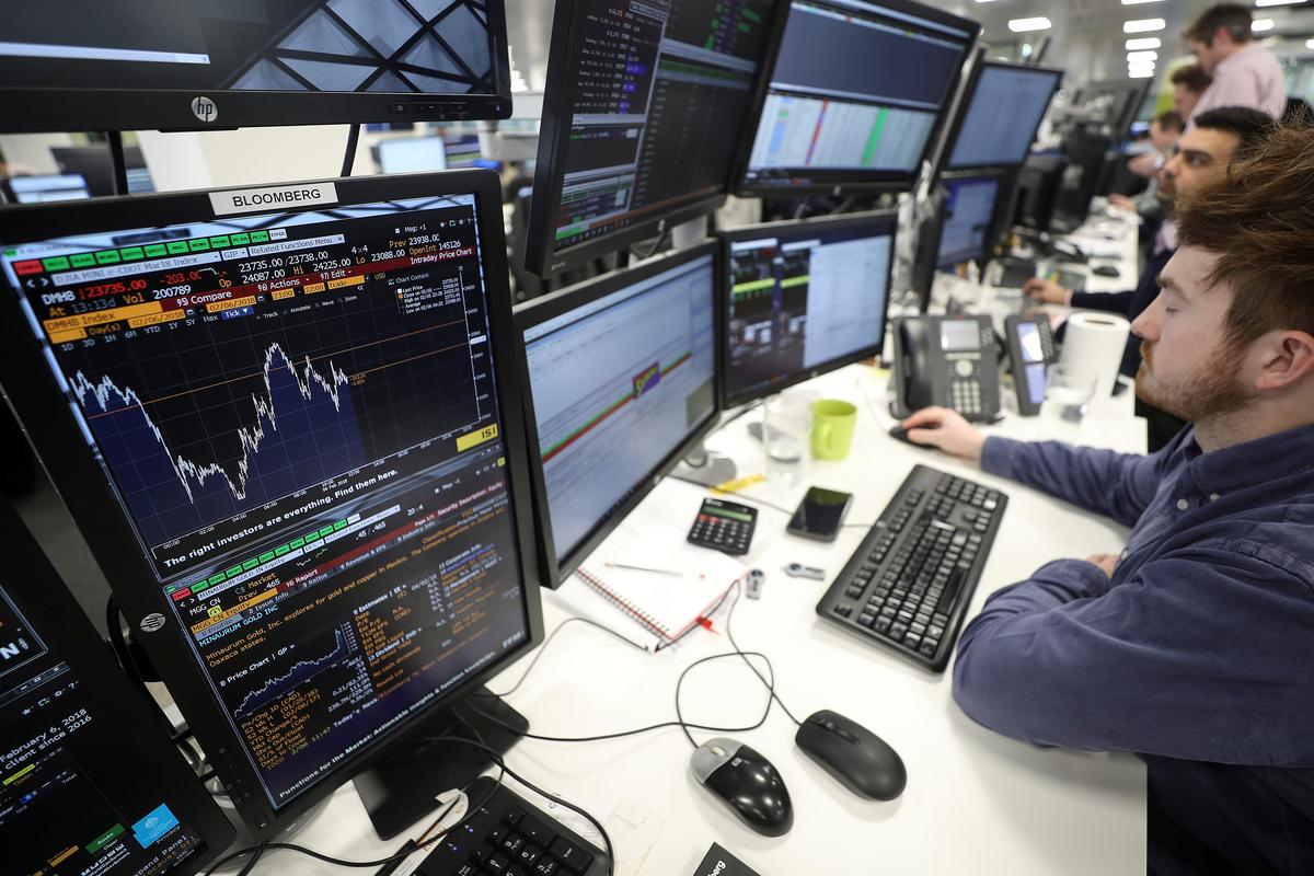 Election tension drags UK-focussed stocks lower