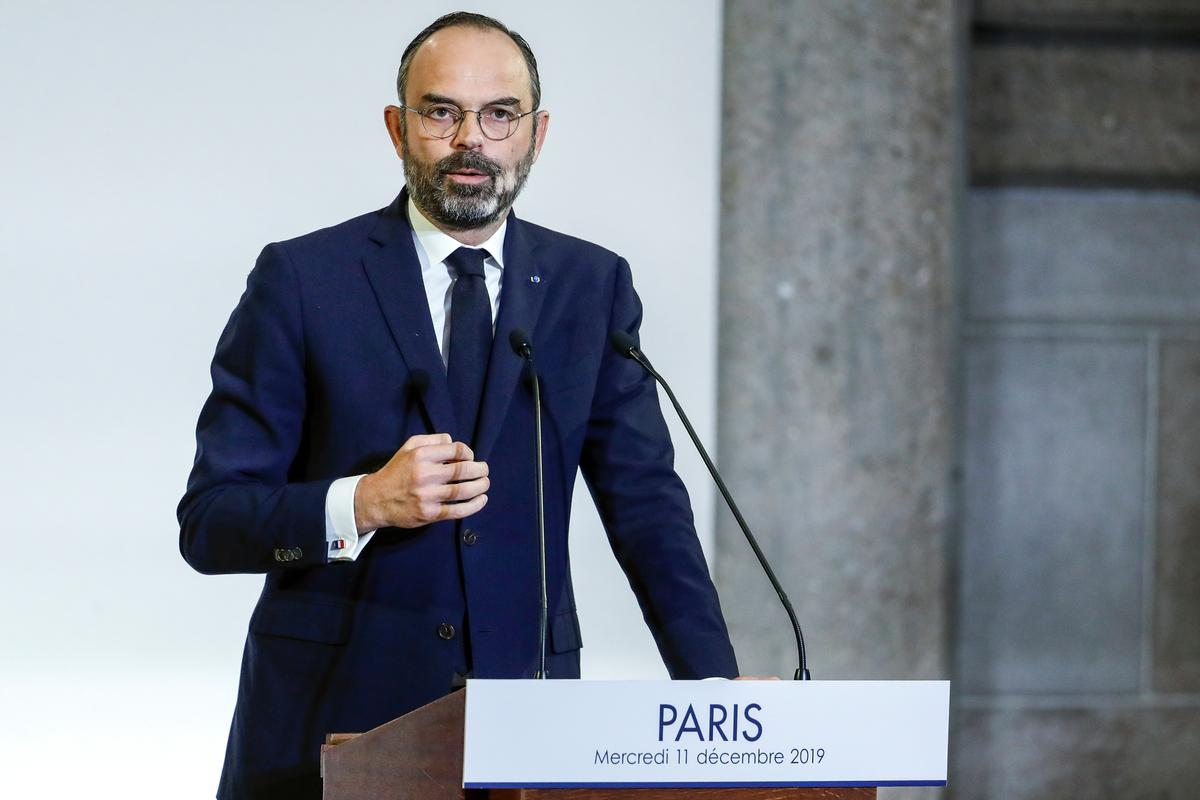 Soldiers, prison guards to keep early retirement rights, says French PM