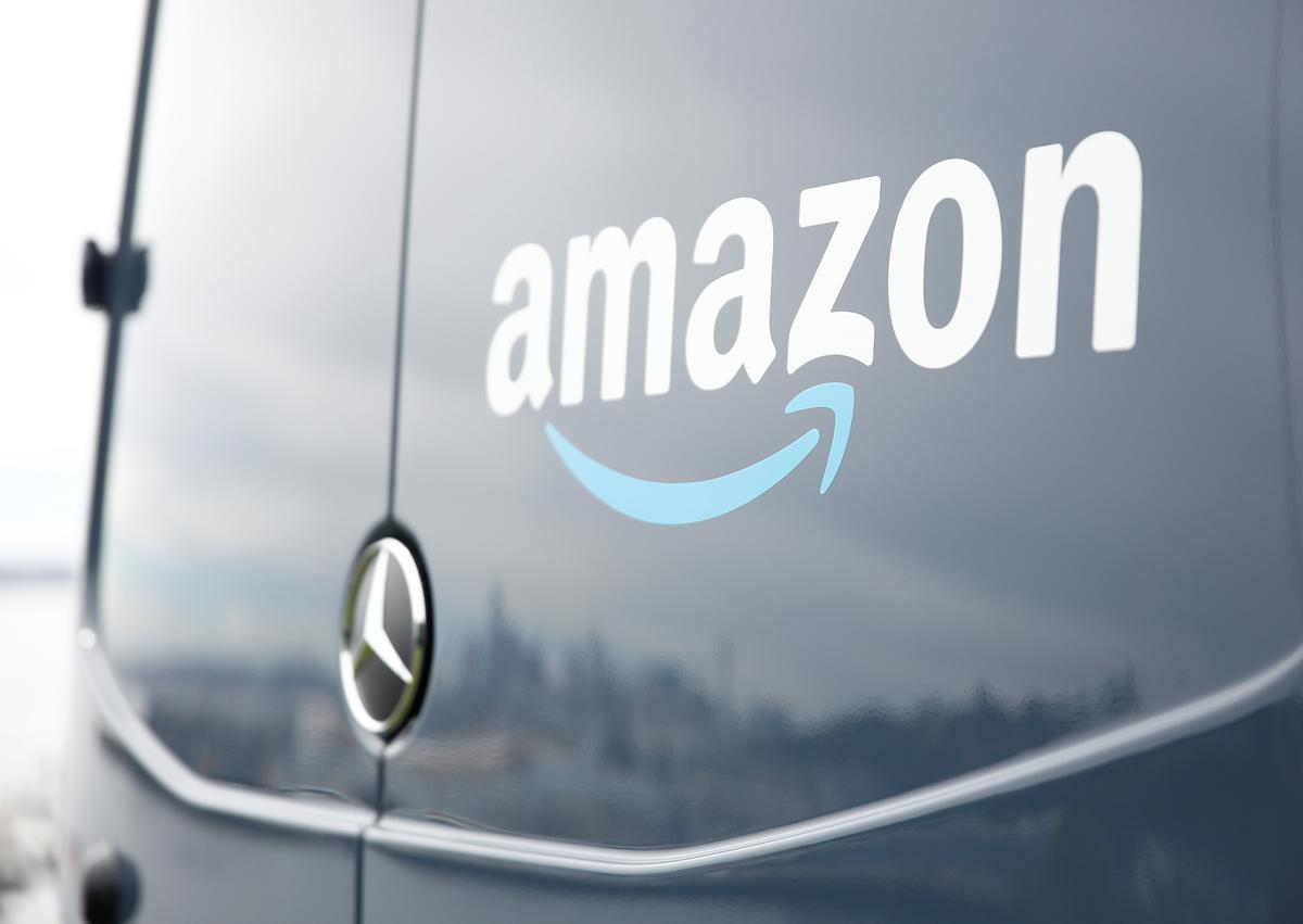 Amazon on-time delivery slip reported after Cyber Monday sales surge