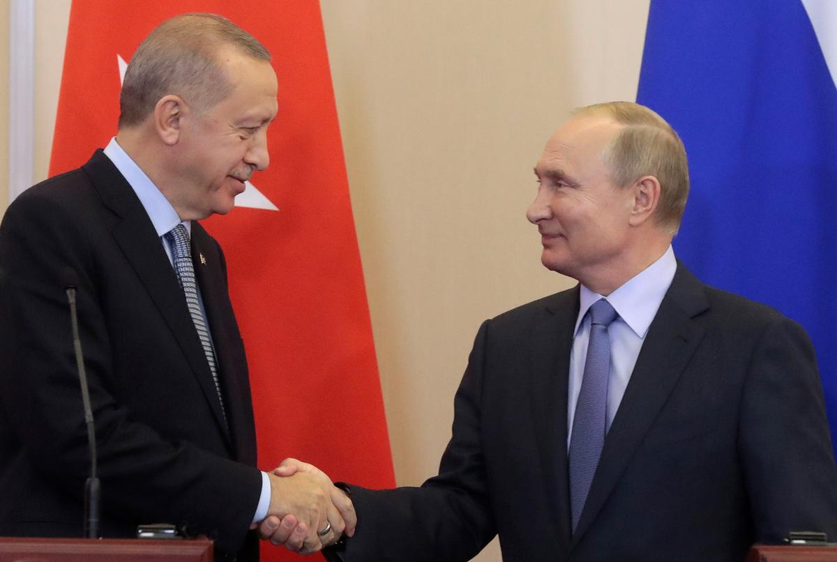 Putin, Erdogan pledge to continue military cooperation: Kremlin