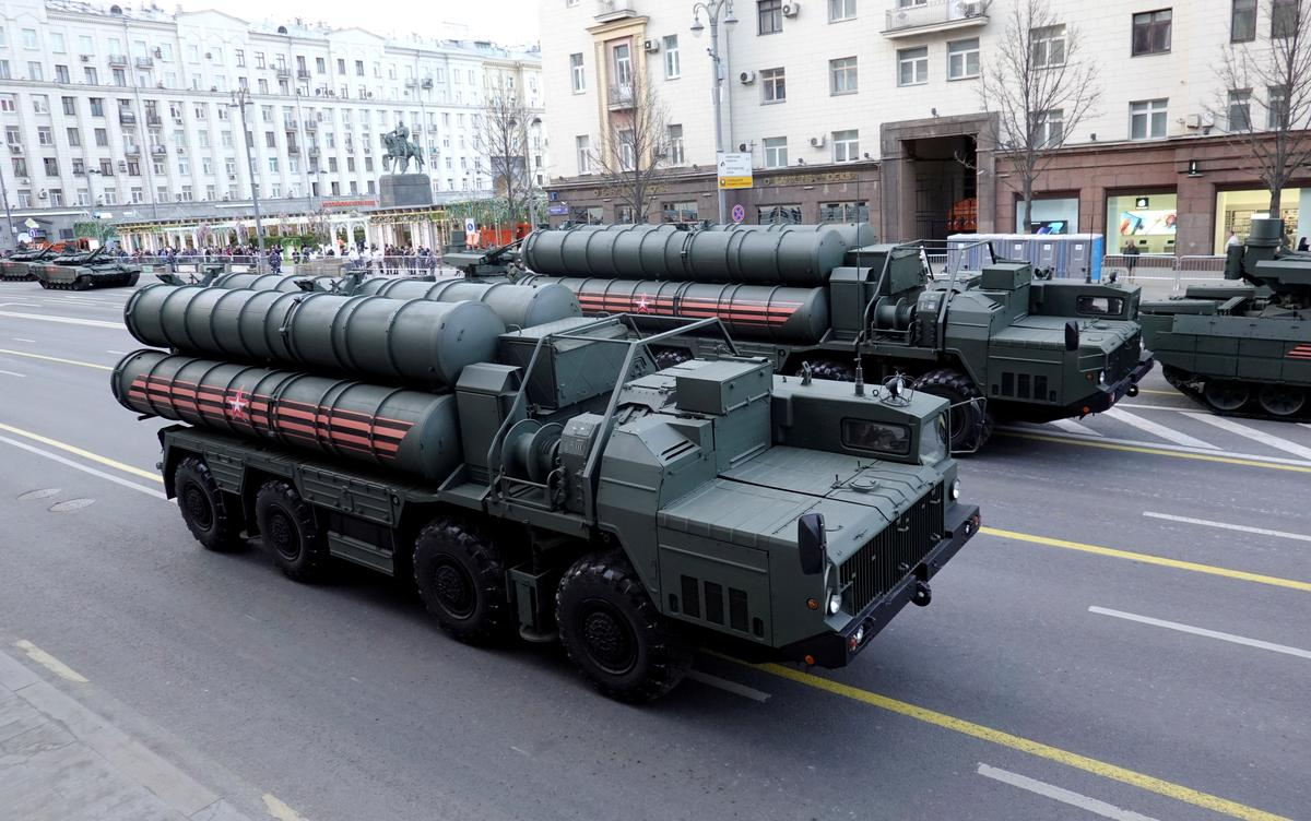 Turkey, Russia 'very close' to second missile defence deal