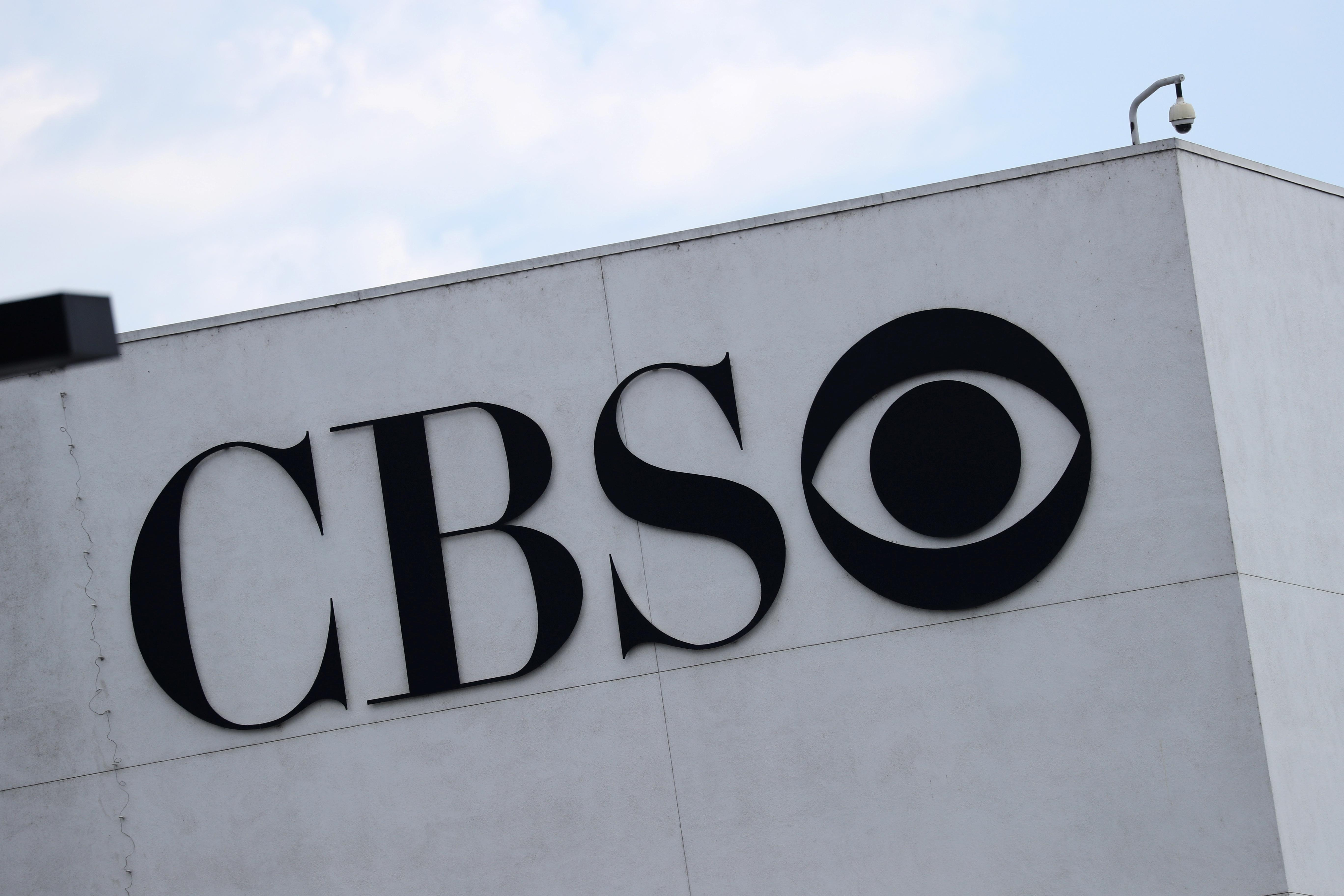 Producer on U.S. TV show '60 Minutes' sues CBS for alleged gender...