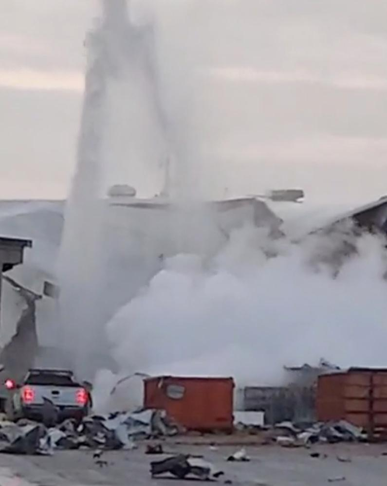 Explosion at Kansas aircraft plant injures 15 people