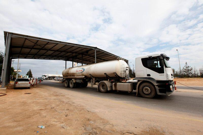 Loadings at western Libya oil port undisrupted by nearby missile strike