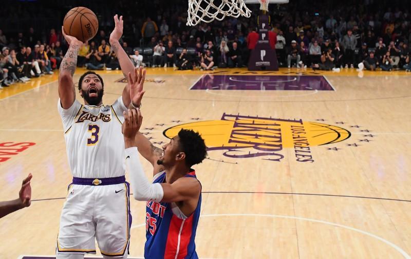Nba Roundup Lakers 20 Blocks Subdue Pistons Reuters