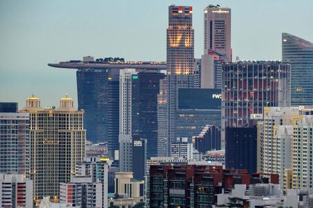 UPDATE 3-Singapore digital bank race heats up with 21 licence bidders