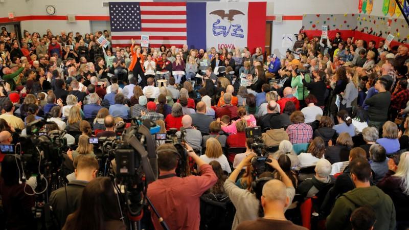 """Désespérés de vaincre Trump, les démocrates se débattent avec """" l'électabilité ''"""