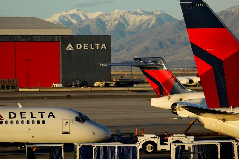Delta posts profit beat on loyal, new customers as rivals battle 737 MAX crisis