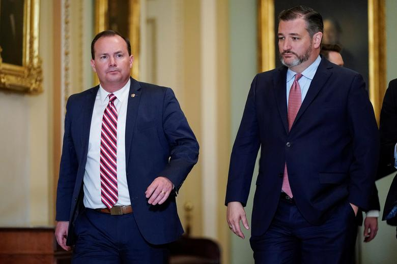 Senators Mike Lee (R-UT) and Ted Cruz (R-TX) arrive for the beginning of the impeachment trial of President Donald Trump on Capitol Hill in Washington, January 16, 2020. REUTERS/Joshua Roberts