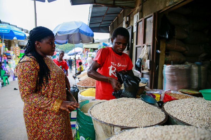Nigerian inflation climbs for fourth month as prices rise across board