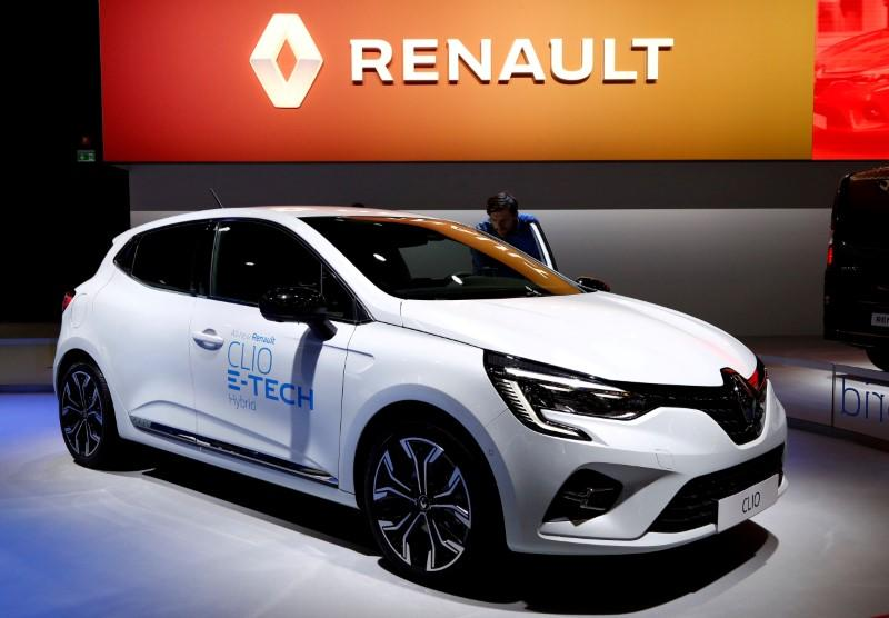 Renault expects slight 2020 car market decline in Europe, Russia...