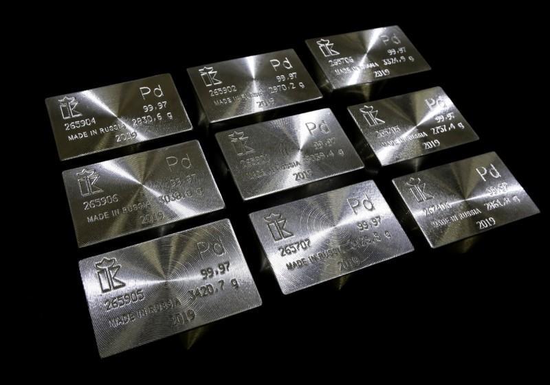 'There's no metal': Record-breaking palladium races higher