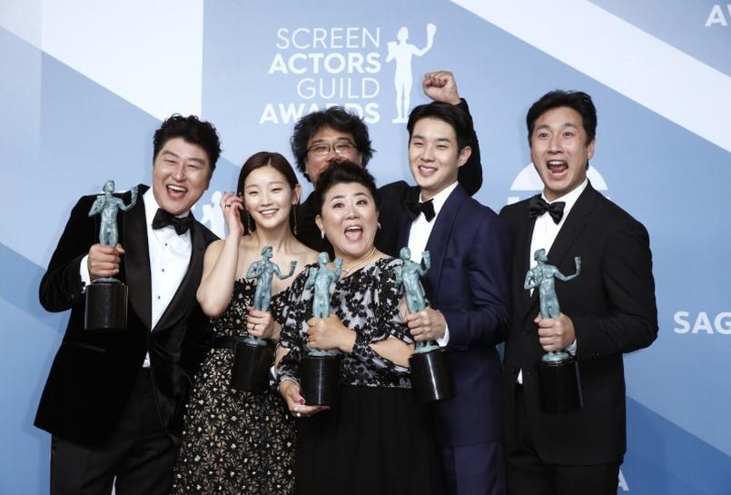 映画 キャスト 韓国 パラサイト