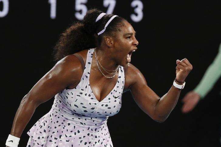Serena dances into third round in Melbourne