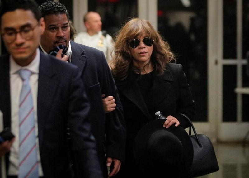 Actress Rosie Perez backs up Sciorra account in Weinstein rape trial
