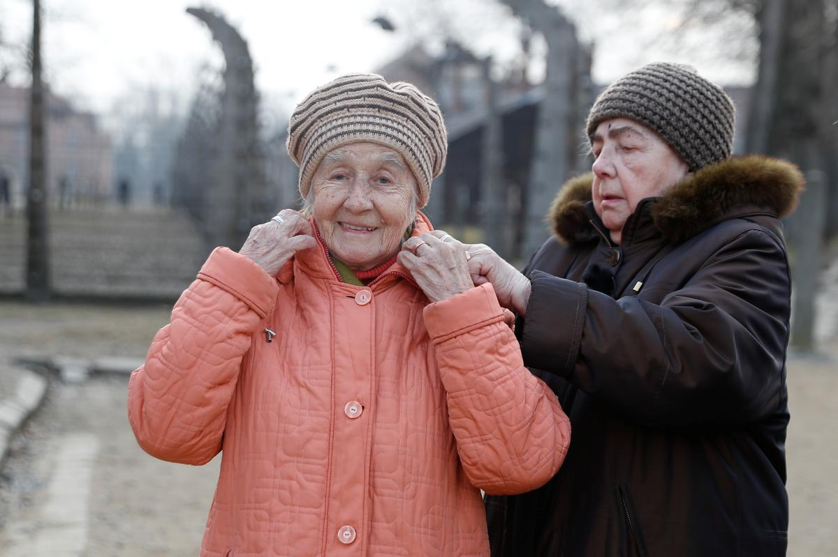 With anti-Semitism on the rise, Auschwitz liberation commemorated