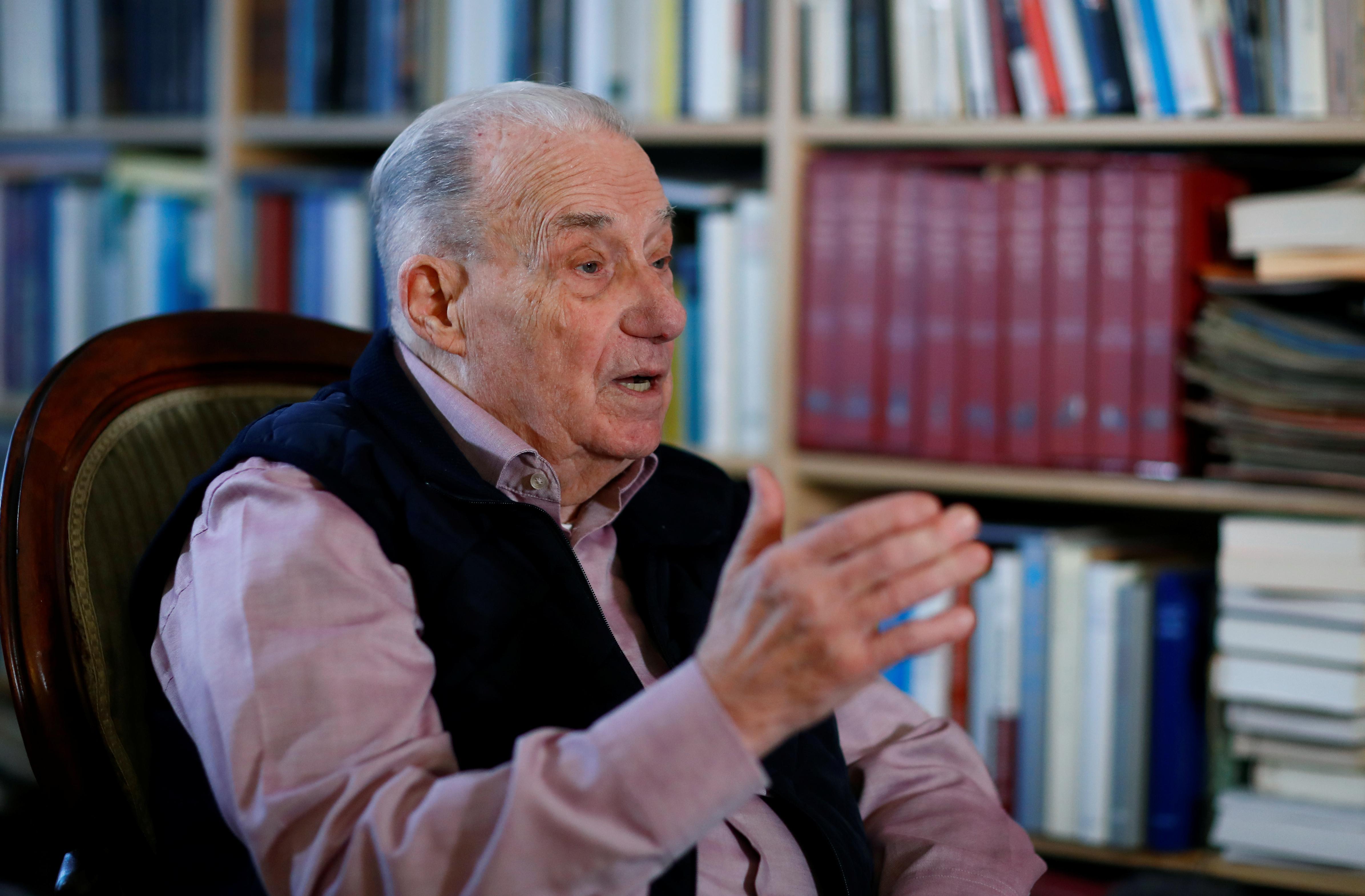 German Auschwitz prosecutor recalls powerful tales from Holocaust...