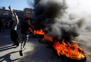 Violence escalates in Iraq as government pushes to end protests