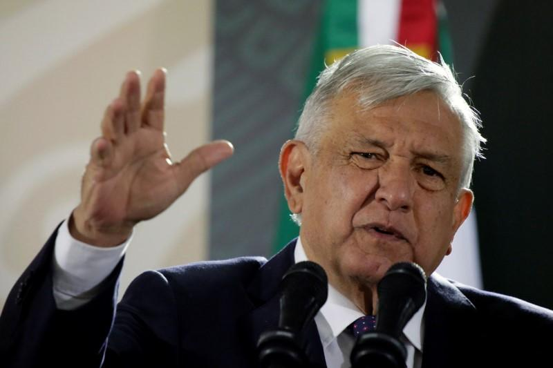Mexican president says 'we don't want to fight' after Trump repeats border wall claim