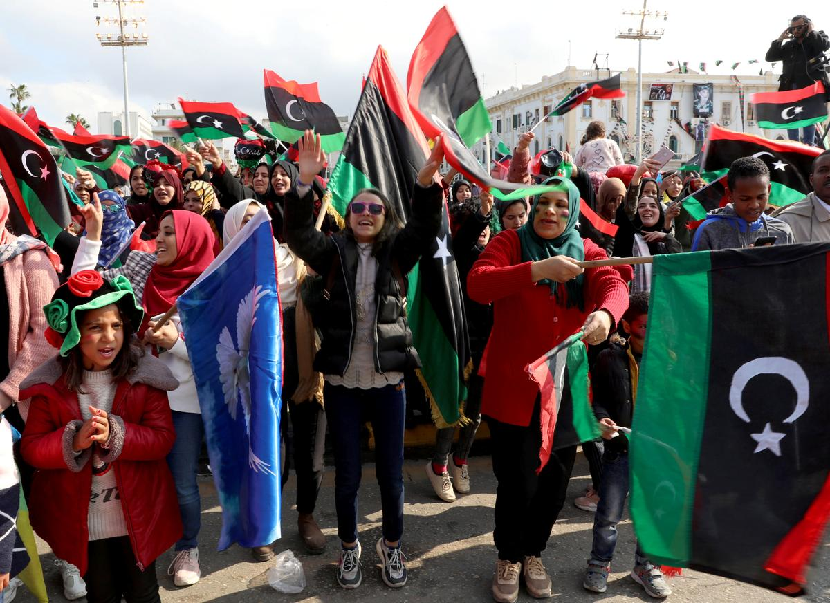 Libya's rival factions dig in for long conflict