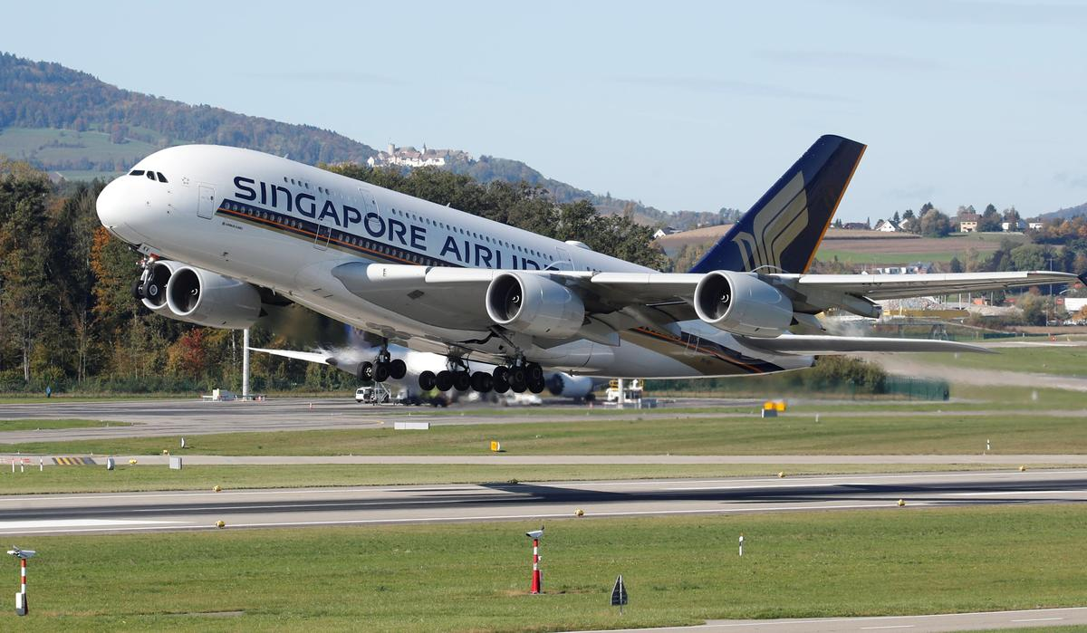 Singapore Airlines to reduce flights across network due to virus impact