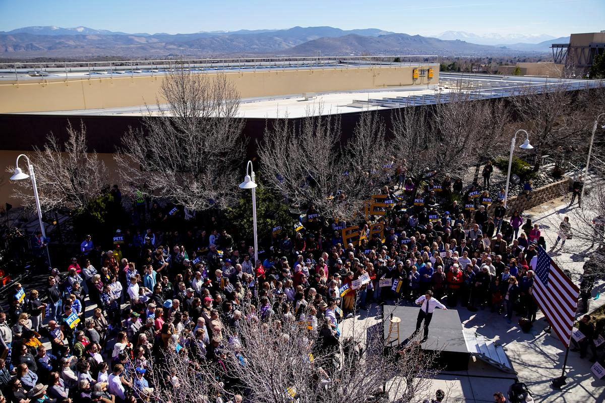 More than 26,000 Democrats show up for first two days of Nevada early voting