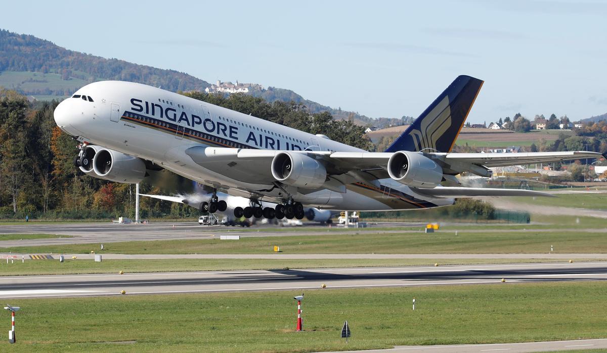 Singapore Airlines to cut flights as coronavirus epidemic hits demand