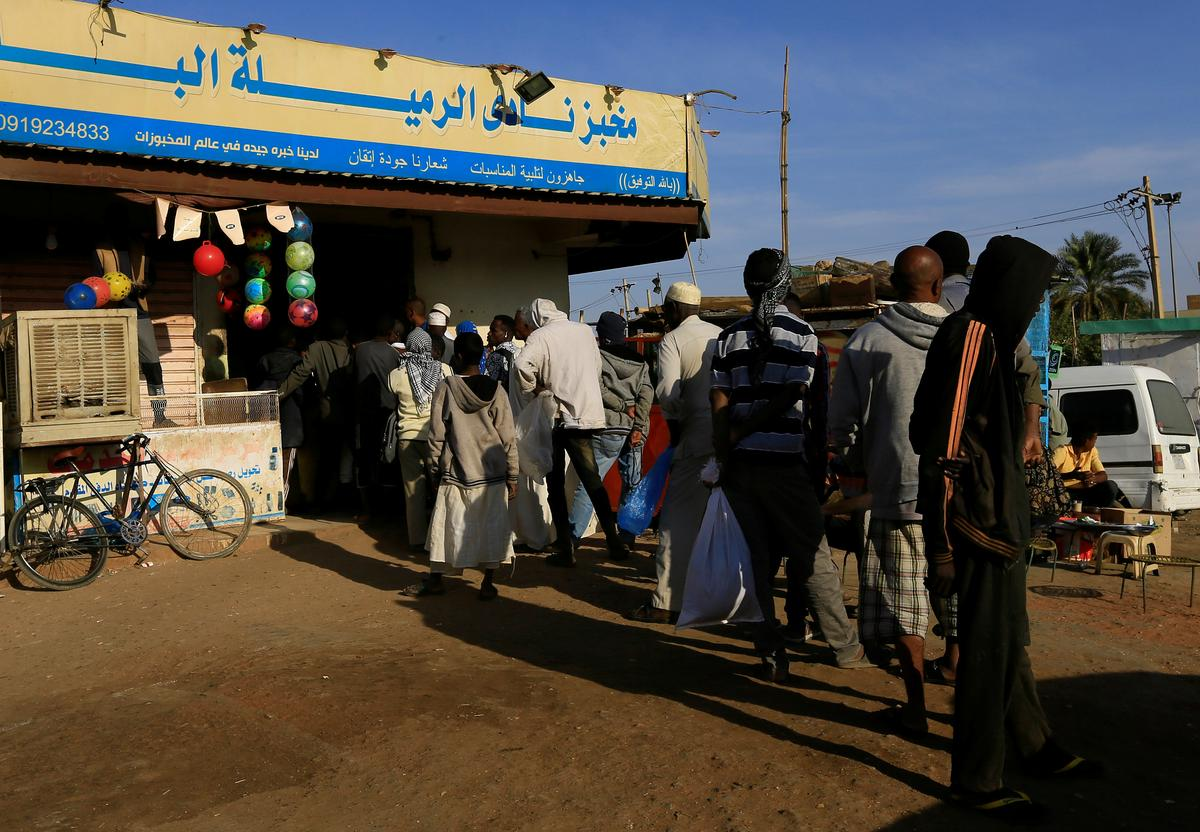 Revolutionary squads guard Sudan's bakeries to battle corruption